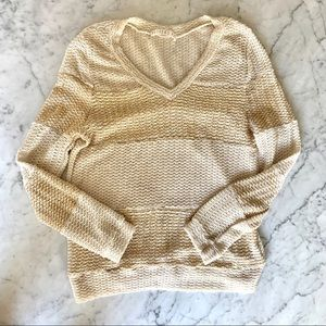 Sweaters - Knit v-neck sweater size small ivory with gold